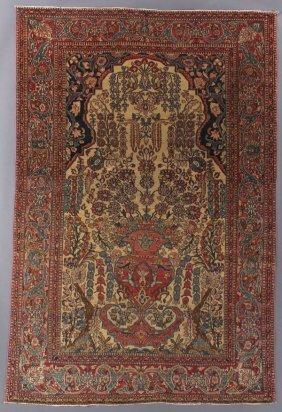 A Persian Isphahan Prayer Rug, Wool, Circa 1900