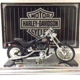 Vintage Harley Davidson Die-cast Motorcycle W/box