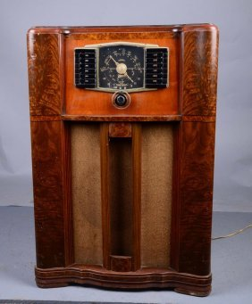 Sparton Floor Model Radio Nocturne Model 1186 Lot 235