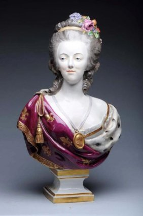 19th Century Porcelain Bust Of Marie Antoinette.