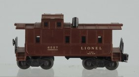 Lionel No. 6557 Illuminated Smoke Caboose.