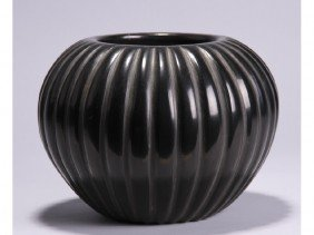 Angela Baca - San Ildefonso - Indian Pottery Jar