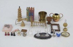 Dollhouse - Vintage & Artisan Miniature Items