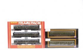 OO Gauge BR Green Diesel Multiple Units X 2