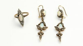 A Group Of Antique Opal And Gold Jewelry