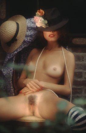 angela nicholas nude pics