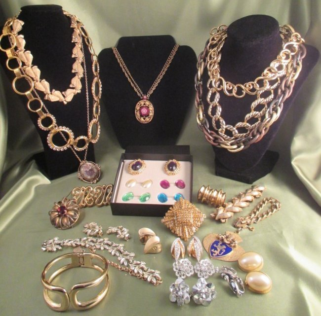 lot of costume jewelry 23 pieces barclay givenchy kjl