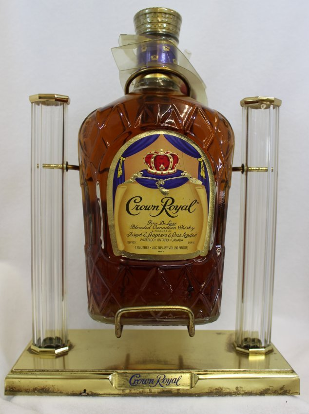 Seagrams 1970 Aged Crown Royal Dispenser Sealed Full Xw