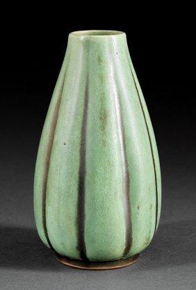 A Shearwater Art Pottery Cast Gourd Vase Lot 469