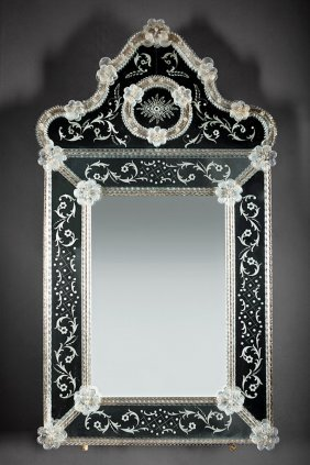 Decorative Venetian-style Etched Glass Mirror