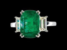 White Gold, Platinum, Emerald, Diamond Ring