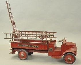 Steelcraft Hook & Ladder Truck