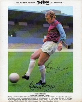 Bobby Moore Signed Promo Photo.