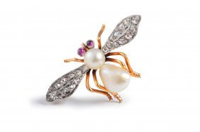 Black Starr & Frost Pearl Diamond Bee Pin