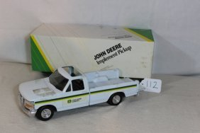 John Deere Ford Implement Pick-up