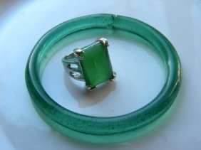 Antique Chinese Peking Glass Bracvelet And Ring