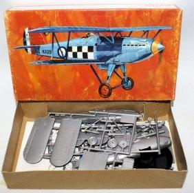 Pyro 1:48 P-608 Hawker Fury Raf Inceceptor Biplane