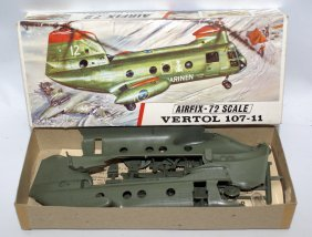 Airfix 1:72 Boeing Vertol 107-11 Hkp-4 Airplane Model