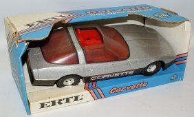 Rare Ertl #3692 Metallic Silver Corvette 1:16 Diecast