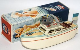 Arnold #2035 Tin Clockwork Cabin Cruiser Boat In