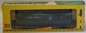 Fleischmann Ho #1406 1/2 Class Passenger Coach