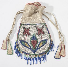 Chippewa Beaded Bag