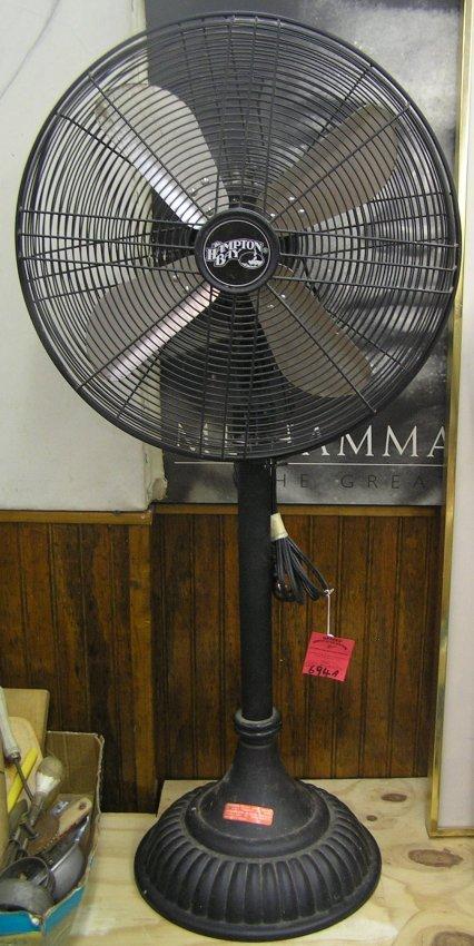 Vintage Style Hampton Bay Adjustible Floor Fan Lot 694a