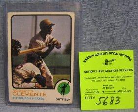 Vintage Roberto Clemente Baseball Card