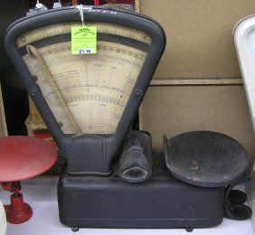 Antique Cast Iron Postal Scale