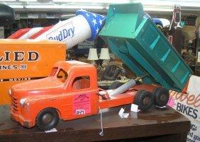 Early Structo Hydraulic Dump Truck