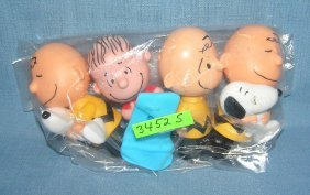 Group Of Peanuts/charlie Brown Toys