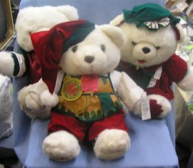 Group Of 3 Limited Edition Holiday Bears