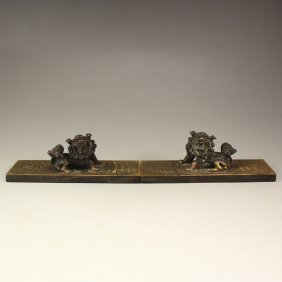 A Pair Chinese Bronze Paperweight W Foo Dogs