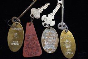 4 Vintage Hotel And Grand Central Keys