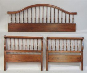 CARVED MAHOGANY DAY BED.