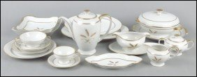 ROSENTHAL PORCELAIN DINNER SERVICE IN THE WHEA