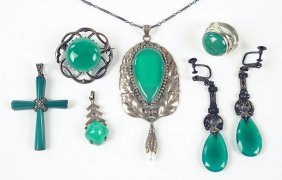A Green Onyx And Natural Pearl Pendant.