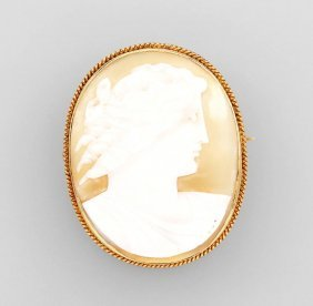 14 Kt Gold Brooch With Shell Cameo, England 1860/70