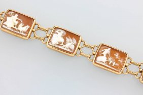14 Kt Gold Bracelet With Shell Cameos