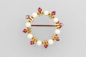 14 Kt Gold Brooch With Pearl And Rubies