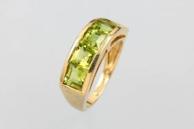 14 Kt Gold Ring With Peridots