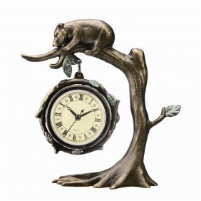 Bear On Tree Clock