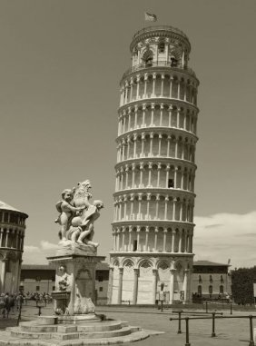 Chris Bliss. Pisa Tower