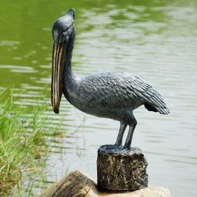 Pelican Garden Sculpture With Bluetooth Speaker