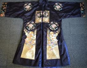 Late Qing Chinese Embroidered Silk Overcoat