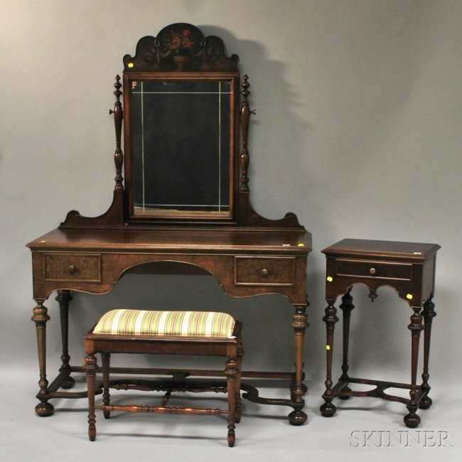 Paine Furniture William & Mary-style Walnut and Burl Ve