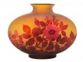 Galle Blooming Flower Cameo Vase