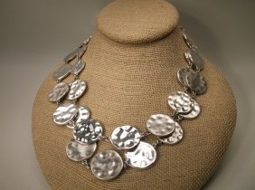 Beautiful Chicos Disc Necklace