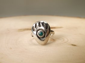 Beautiful Navajo Sterling Turquoise Bear Ring 5