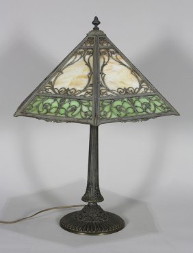 American Arts And Crafts Slag Glass Table Lamp